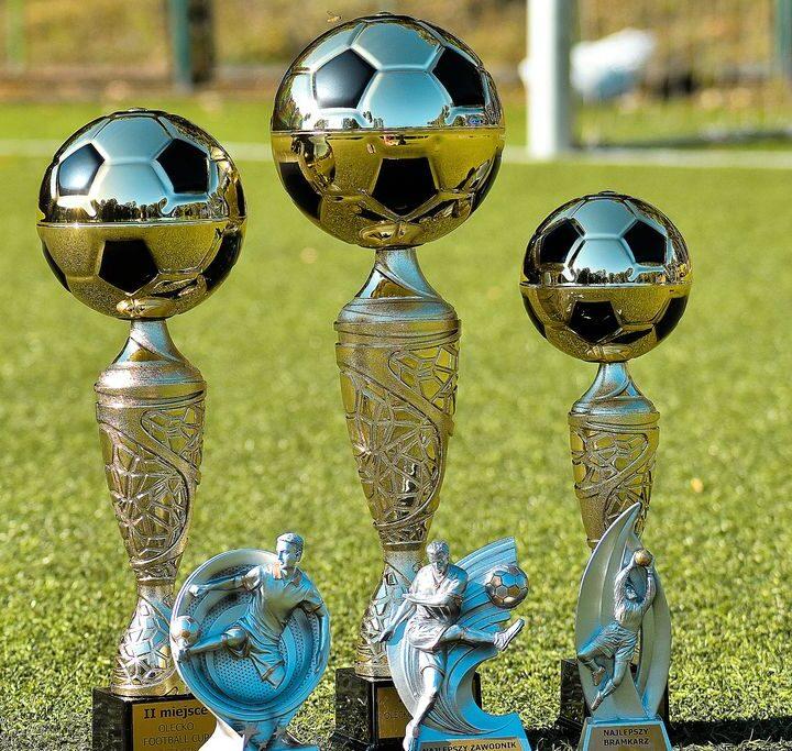 Piłkarskie emocje w Olecko Football Cup na boisku MOSiR